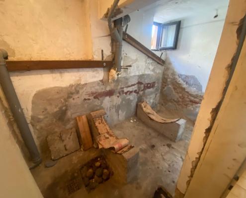 Odmik cisterne brez rušenja sten