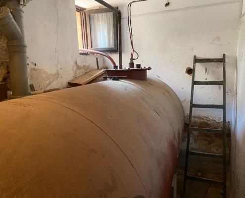 Kako odstraniti veliko cisterno za kurilno olje?